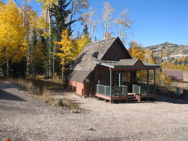 Brian head utah cozy cabin vacation rental our vacation for Brian head ski resort cabin rental